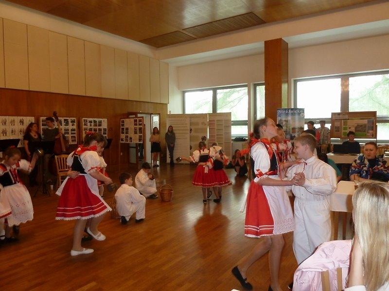 Vystoupení souboru na konferenci v Kyjově a výlet do Milotic a do Hodonína