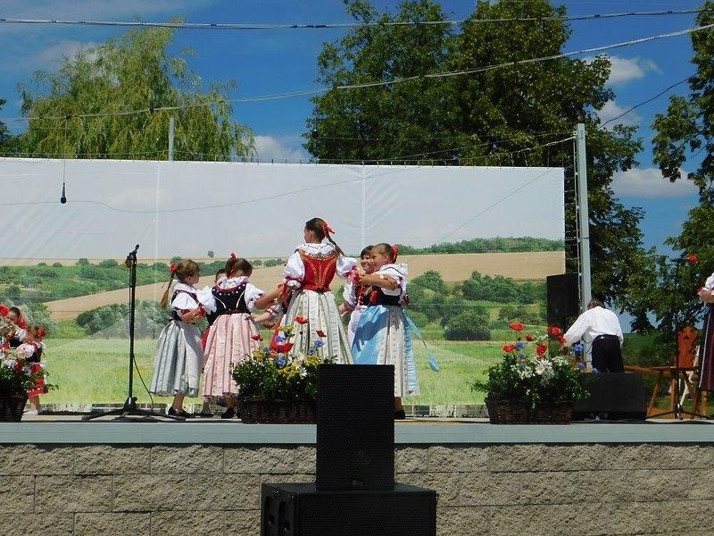 Násedlováček na festivalu v Krumvíři