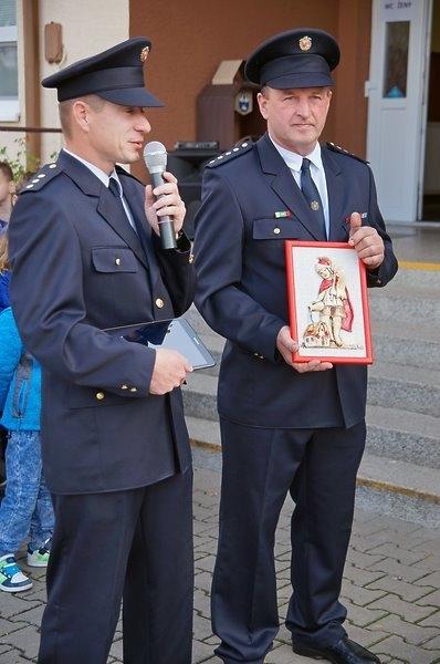 Předání nového hasičského vozu