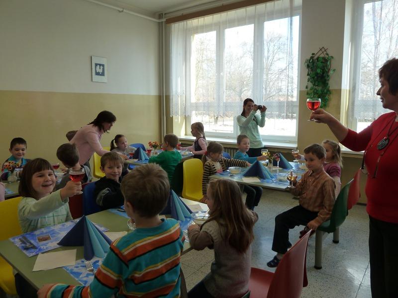 Předávání prvního vysvědčení prvňákům ZŠ Žarošice
