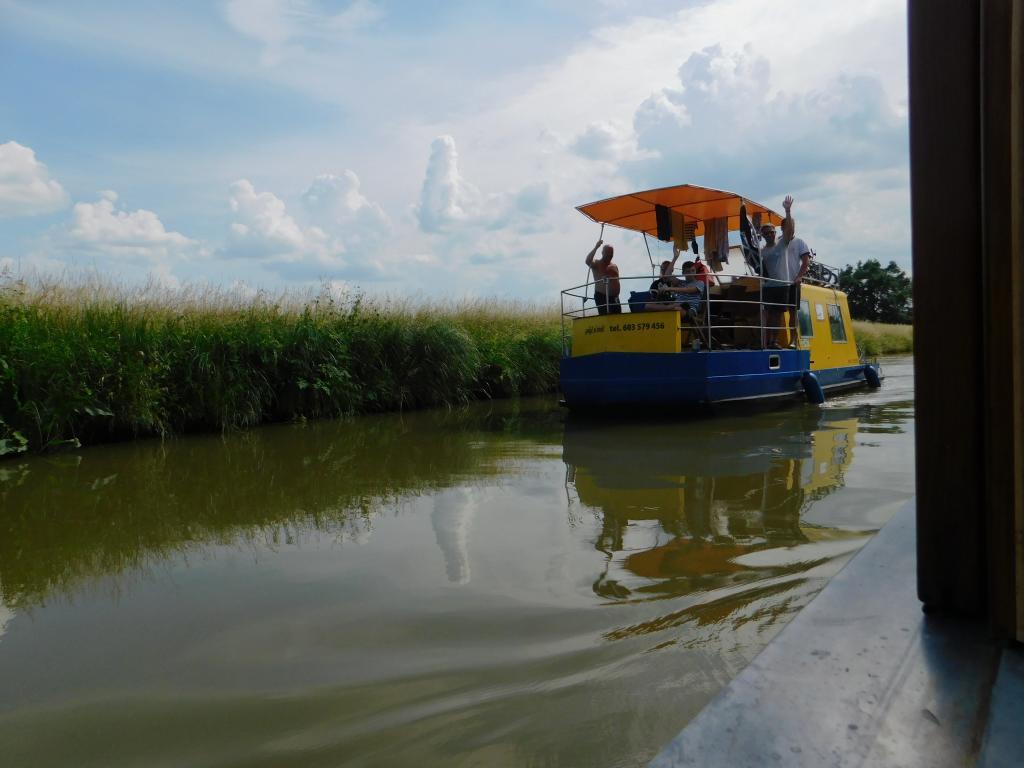 Dětský den trochu jinak - plavba na lodi DANAJ po Baťově kanálu