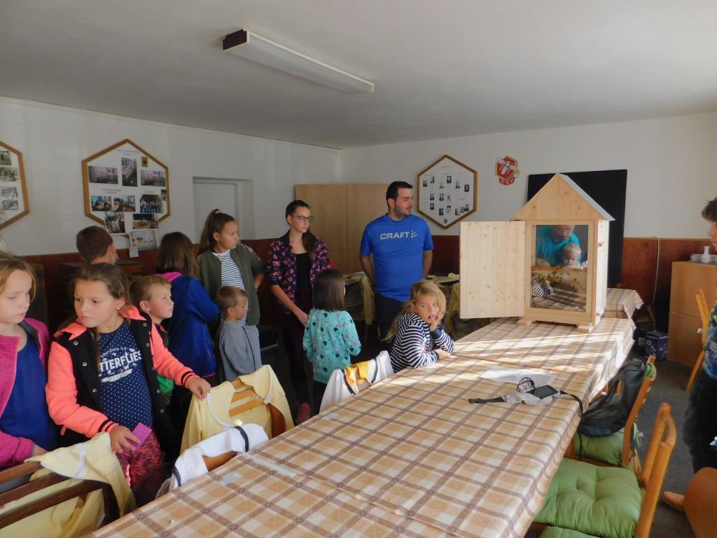 Exkurze na včelařském domě