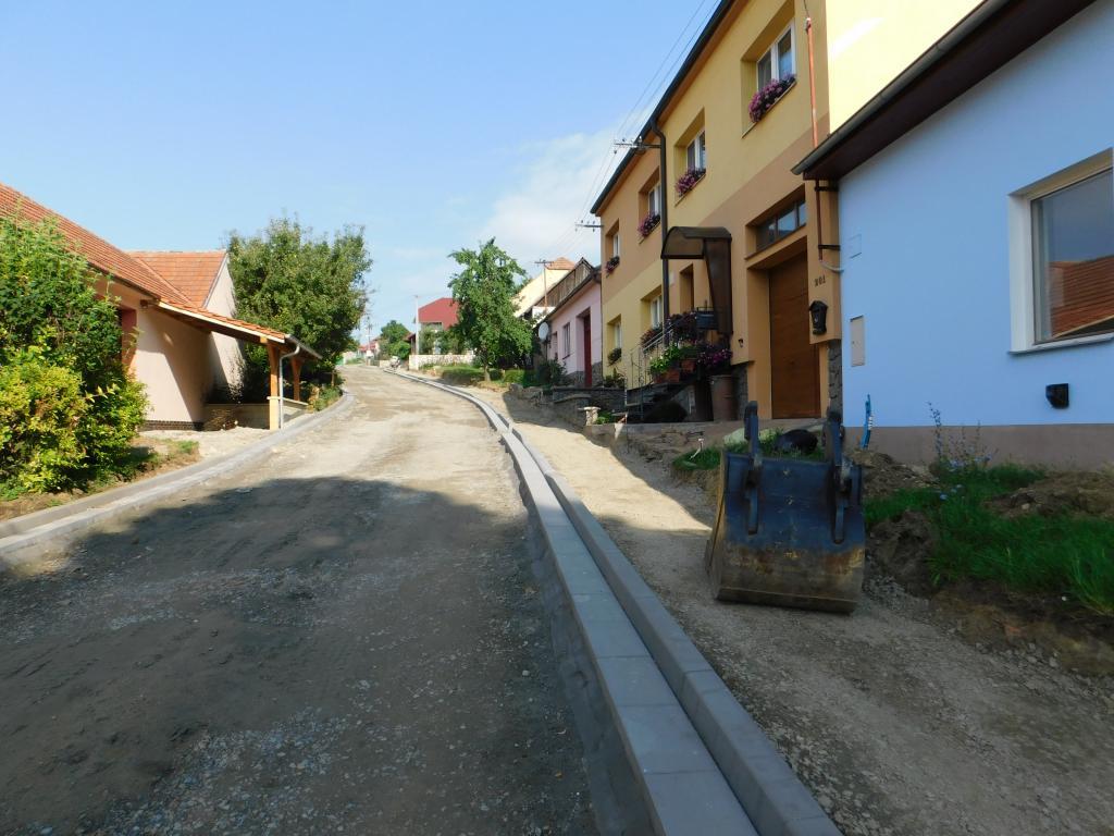 Kontrolní den na rekonstrukci nové silnice